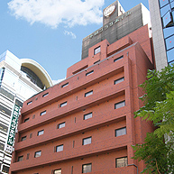 横浜平和プラザホテルへの宿泊