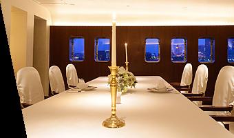 カサブランカ(船の最上階の個室)